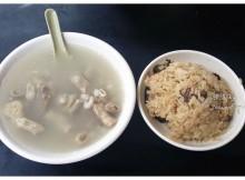 台北美食推薦-遼寧夜市C/P值爆表四神湯【賴.虎咬豬】