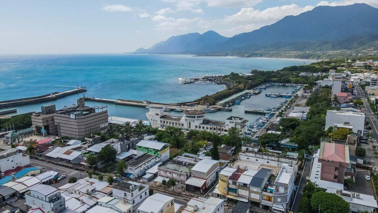 【成功漁港】台東成功鎮體驗漁獲拍賣.買生魚片景點推薦