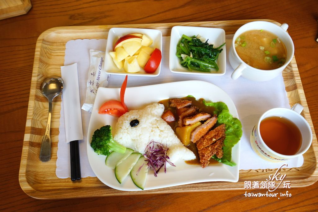 台南景點推薦【美雅家具觀光工廠】白河親子餐廳家具DIY