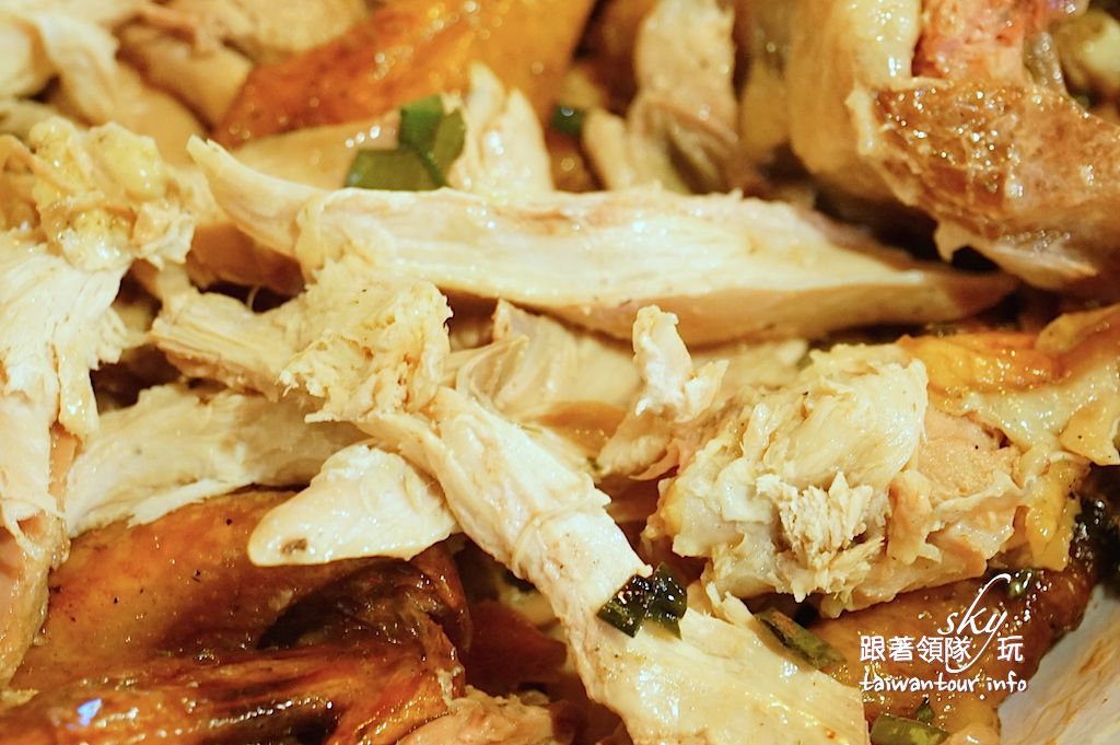 宜蘭美食推薦-礁溪爆漿【甕窯雞】和【火山爆發雞】評筆