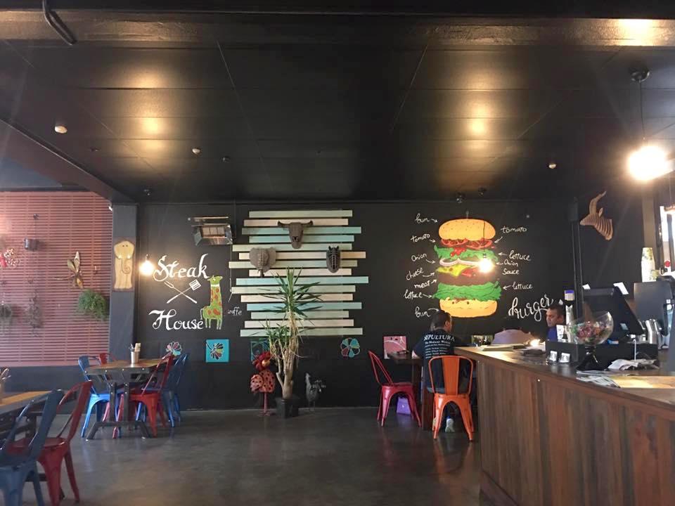 紐西蘭美食推薦-奧克蘭高cp值牛排館【Zoo Eatery & Lounge】