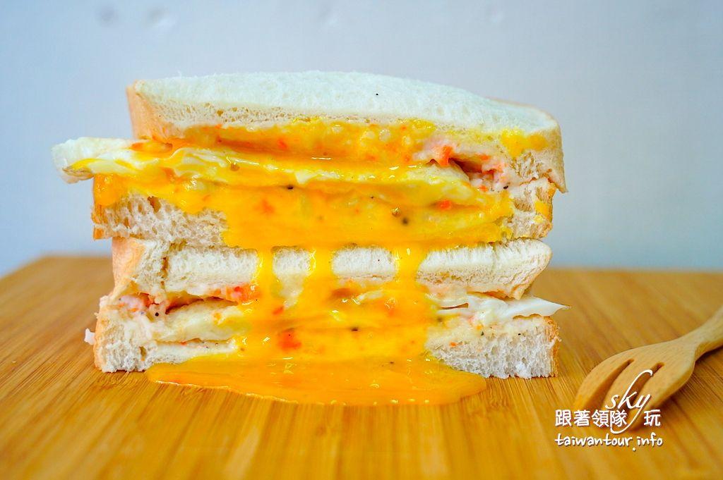 桃園美食推薦-大園爆漿肉排蛋吐司【晨吉司漢-大園中山北店】