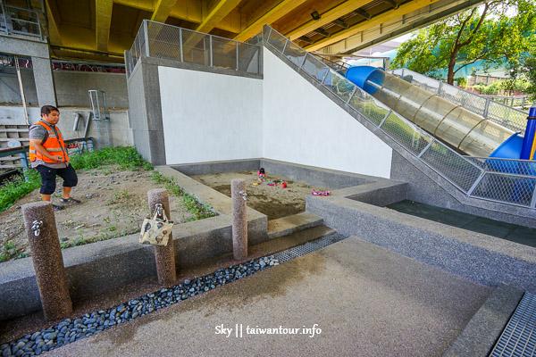 2020台北親子景點【永福橋下】雨天備案.公館水岸公園溜滑梯