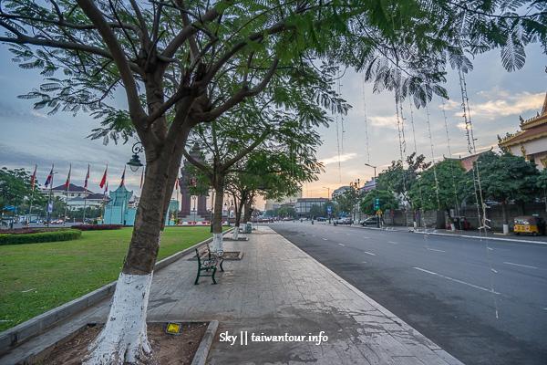 【柬埔寨深度.快樂船六天五夜】第六天:金邊-獨立紀念碑