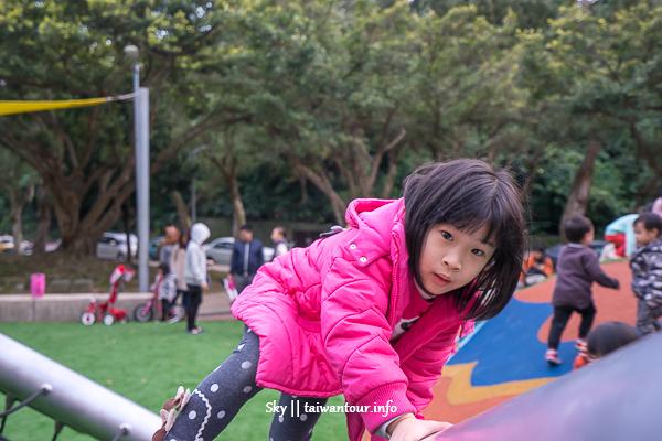 【萬芳四號公園】文山親子景點.台北第一座雙滑竿
