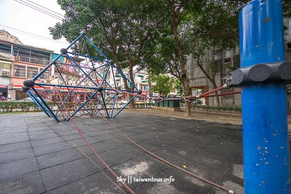桃園親子景點【同安親子公園】超多攀爬網溜滑梯