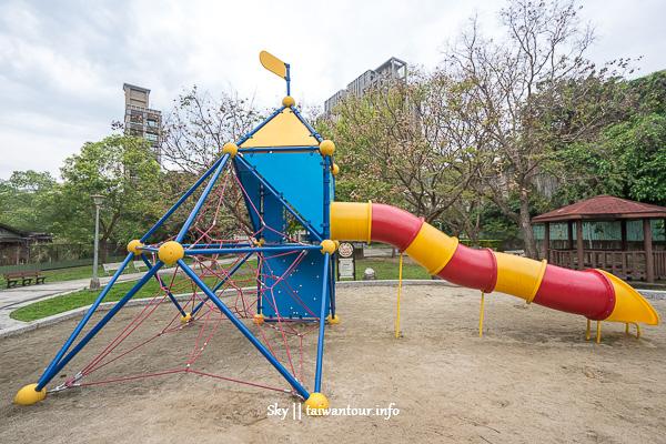 台北親子景點【新興公園】北投攀爬網架溜滑梯