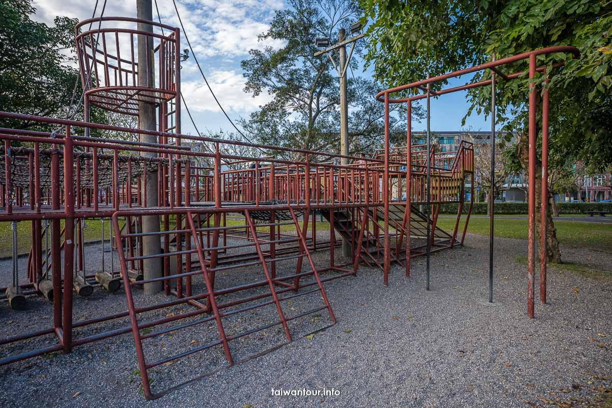 【宜蘭運動公園】宜蘭親子景點火車.機器人.戰艦溜滑梯