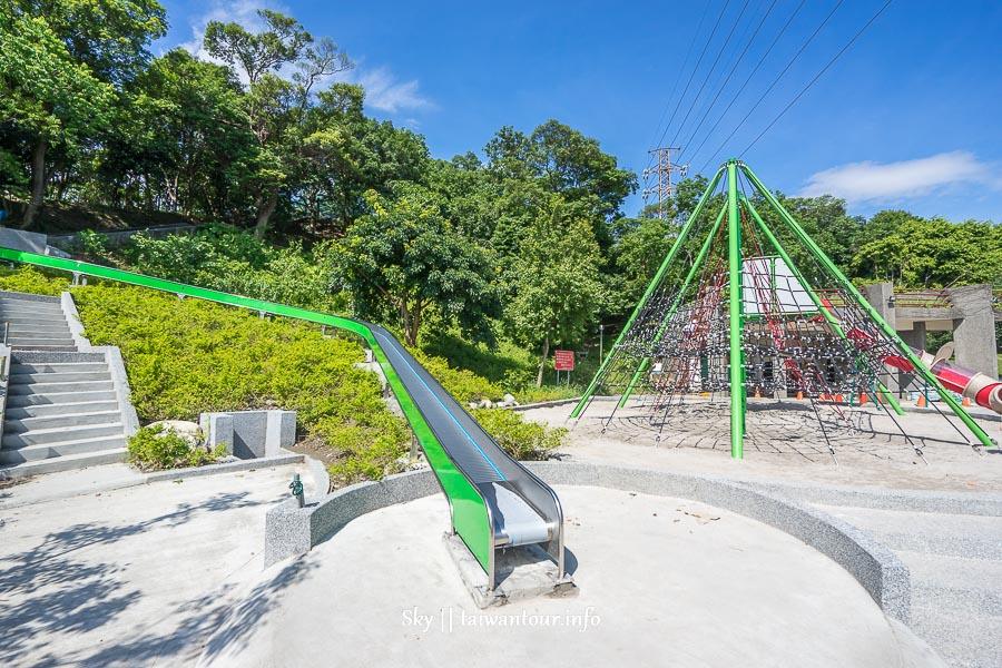 台北景點推薦【錦和運動公園】中和3層樓樹洞溜滑梯.沙坑.水池