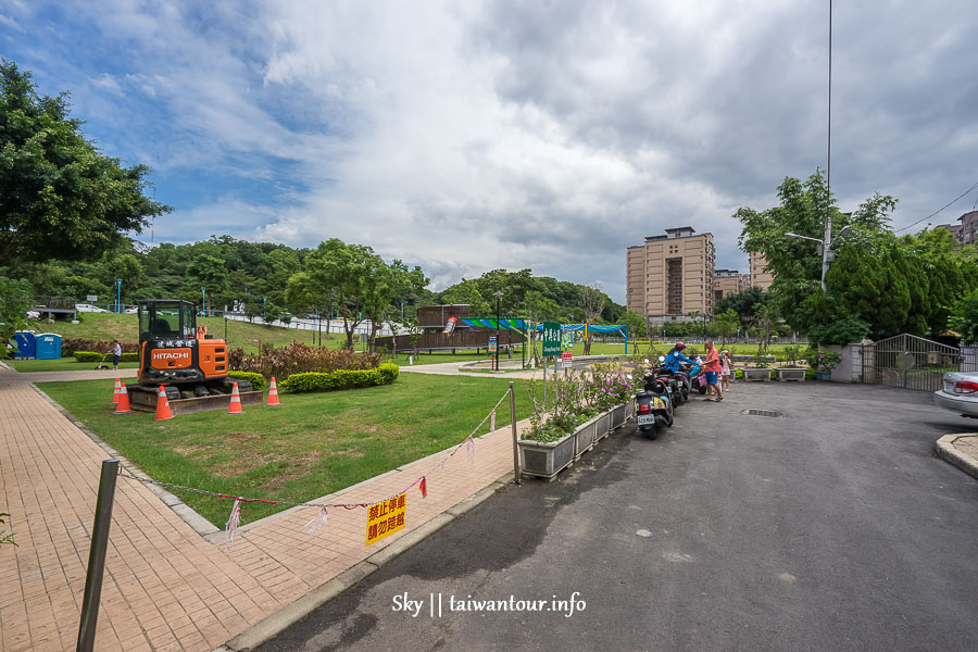 桃園親子景點【龜山中興兒二公園】彩色溜滑梯特色共融公園