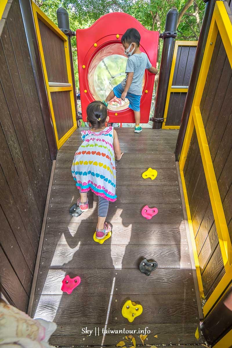 新北市親子景點【新莊棒球主題公園】透明溜滑梯.跳跳床