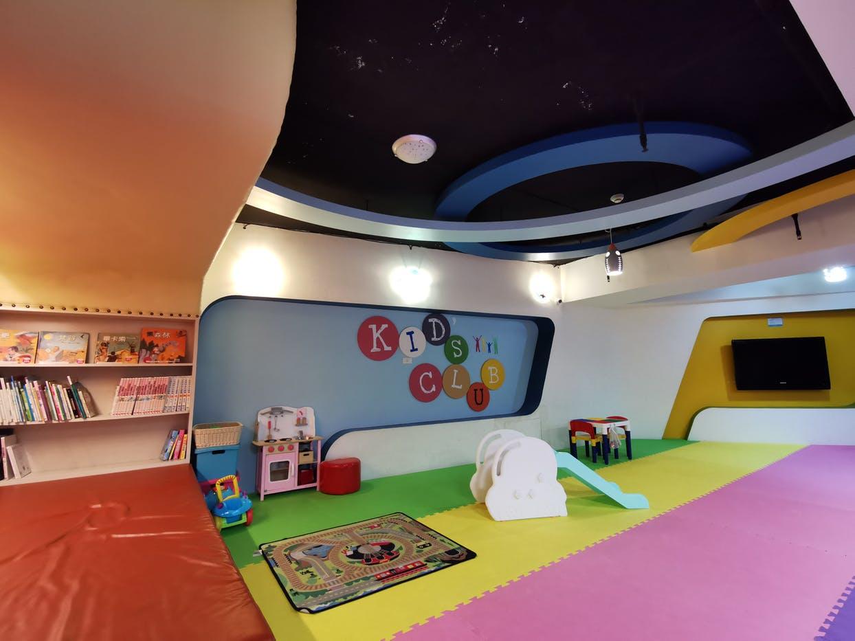 花蓮市飯店推薦【藍天麗池飯店】親子設施.專屬寵物旅館